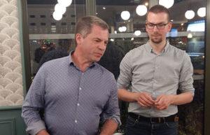 Eric Hoel, Responsable des ventes chez Hexatel et nouveau membre DCF Orléans, avec Jonathan Girault, trésorier de l'association